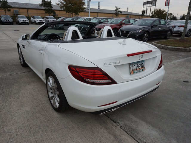 Pre-Owned 2017 Mercedes-Benz SLC SLC 300